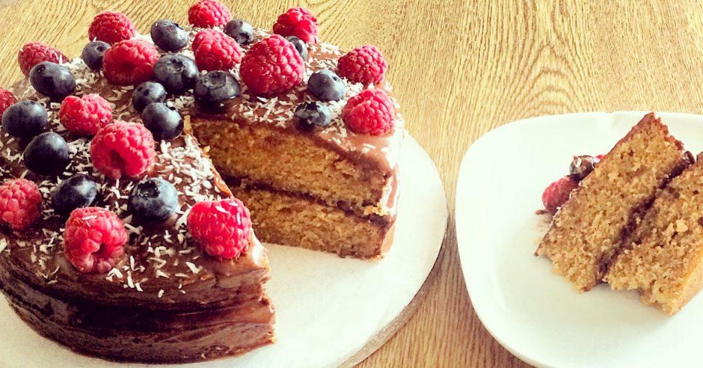 Vanilla Sponge Cake with Chocolate Icing