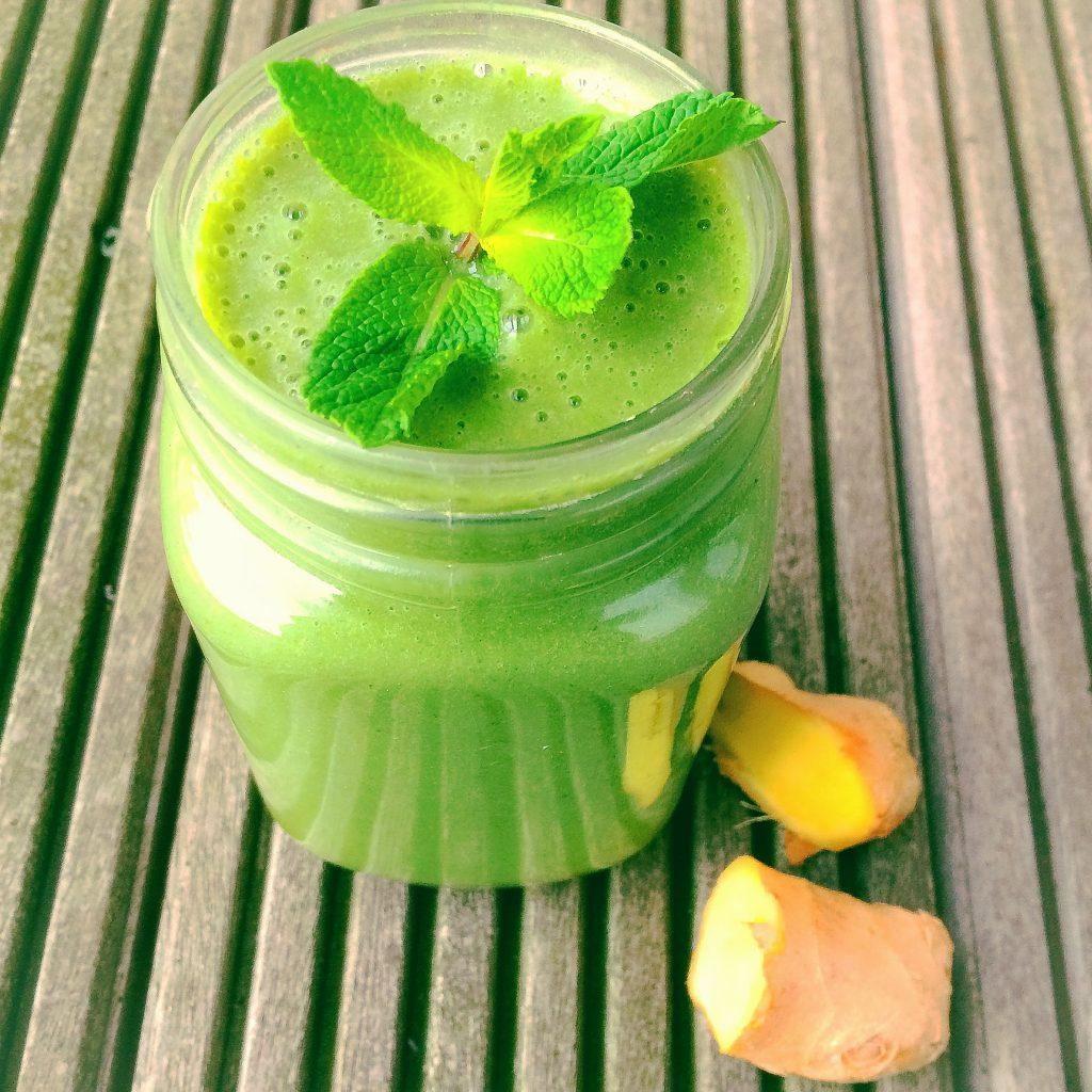 tummy-taming green smoothie