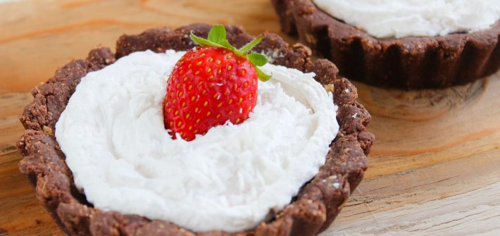No-Bake Strawberry & 'Cream' Tartlets