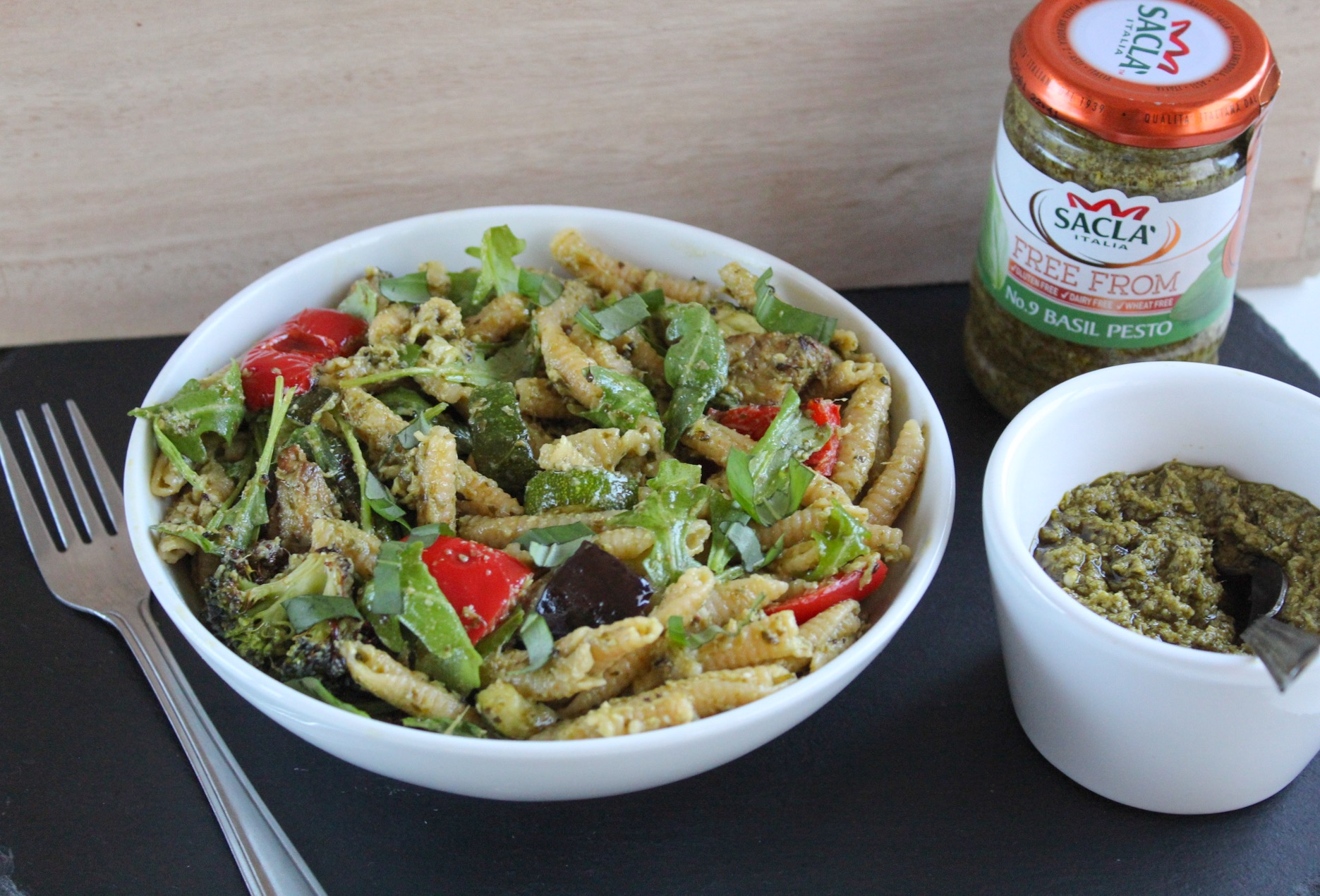 simple roast vegetable pesto pasta